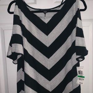 V Neck lightweight cold shoulder sweater